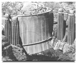 Lake Mead filling behind the upstream face ofHoover Dam during it's construction in 1935.